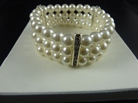  Pearl Stretch Bracelet